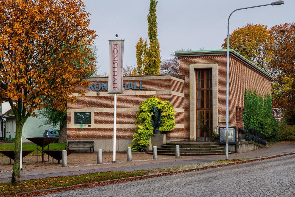 På museerna i Trelleborg kan du hitta många saker att titta på eller lära dig något av.