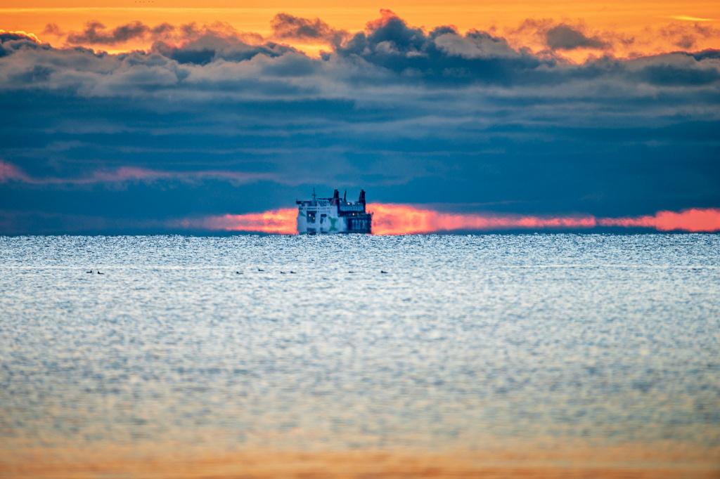 Med läget längs kanten av Östersjön har sjöfarten alltid varit en viktig förbindelselänk mellan omvärlden och Sveriges sydligaste kommun, Trelleborg.