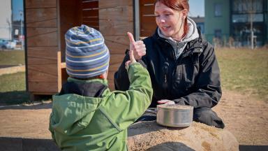 Förskoleverksamheten vänder sig till barn från ett års ålder till dess att de börjar i förskoleklass/grundskola.