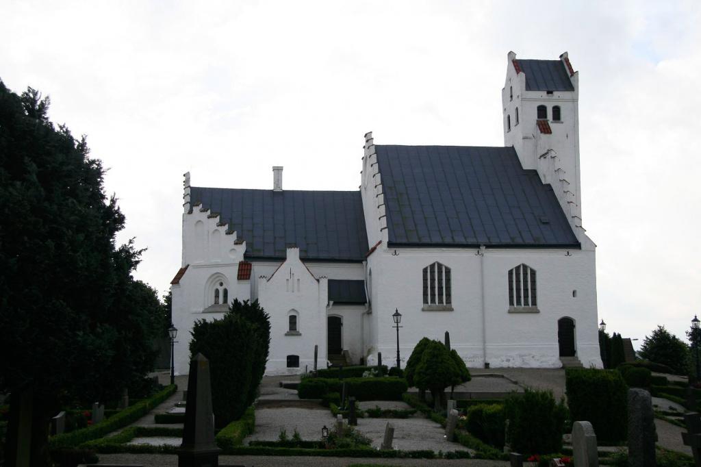Fru Alstad kyrka