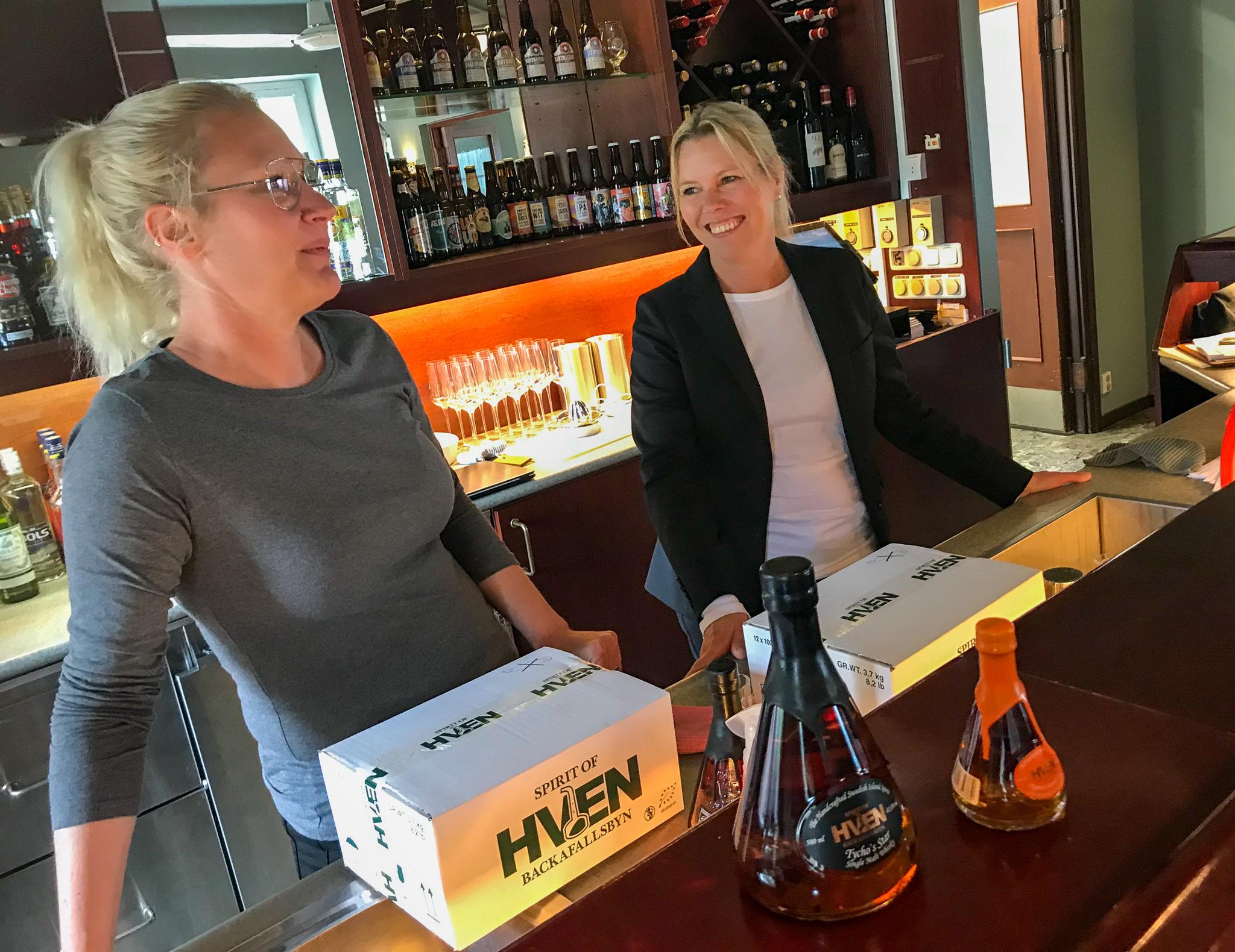 Krögarkompanjonerna bakom nysatsande Restaurang Pärlan, Kristin Lönngren och Katja Jakobson har satsat stort och jobbat hårt under våren inför nyöppningen 5 juni.