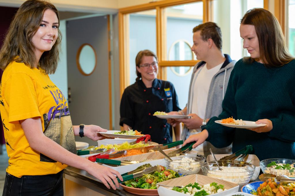 Måltidsmiljön, såväl inne som ute, ska bidra till måltidsglädje för barn och elever i Trelleborgs skolor.